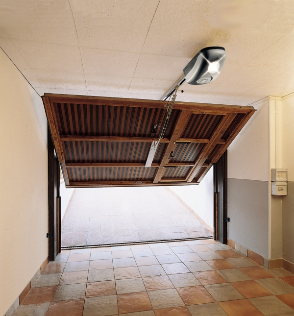 Motores para puertas de garaje vicape com expertos en automatismos para puertas - Motor de puerta de garaje ...